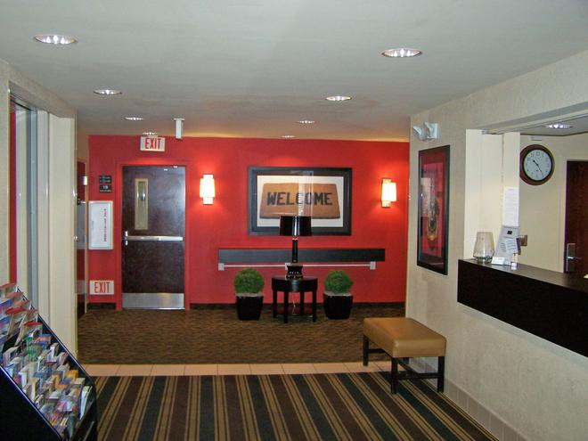 Extended Stay America - Minneapolis - Brooklyn Center - Brooklyn Center - Lobby