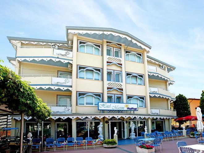 Hotel Maxim - Caorle - Rakennus