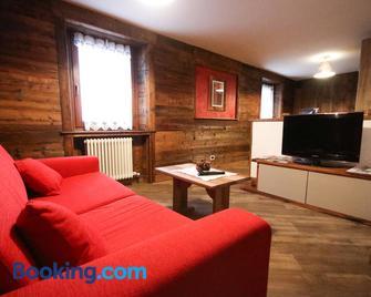 Maison D'Antan - Charvensod - Living room