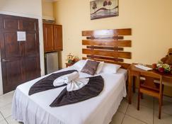 Hotel La Punta - Puntarenas - Habitación