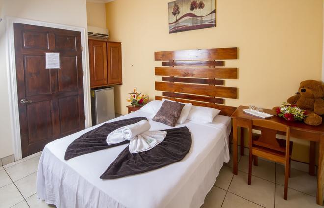 Hotel La Punta - Puntarenas - Bedroom
