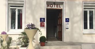 皇家酒店 - 卡卡松 - 卡爾卡松 - 建築