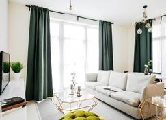 Fantastay - Portokal Downtown Dubai - Dubai - Living room
