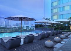 雅加達思凱馬約蘭假日旅館 - 雅加達 - 北雅加達 - 游泳池