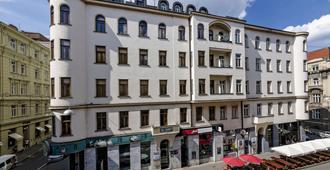 Penzion Dvorákova - Brno - Building