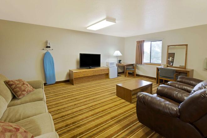Super 8 by Wyndham Las Cruces/White Sands Area - Las Cruces - Sala de estar
