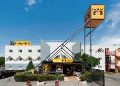 hotelF1 Gap - Gap - Rakennus