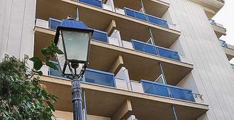 Hotel Pineta Palace - Rome - Building