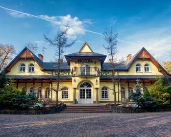 Binkowski Dworek - Kielce - Building