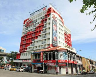 Tune Hotel Georgetown Penang - George Town - Building