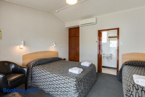 Ocean Beach Hotel - Dunedin - Bedroom