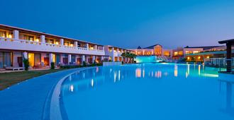 Cavo Spada Luxury Sports & Leisure Resort & Spa - Kolymvari - Pool