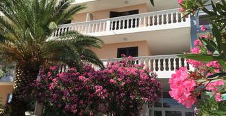 Bed And Breakfast Sidro - Vodice - Edificio