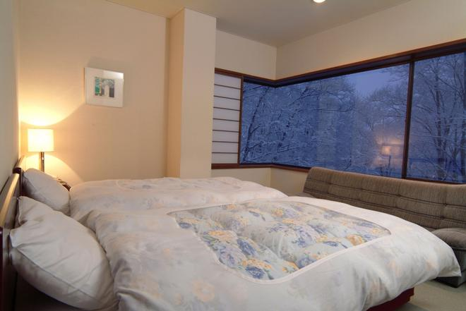 Tsubame Highland Lodge - Myoko - Bedroom