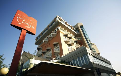 City Hotel - Senigallia - Κτίριο