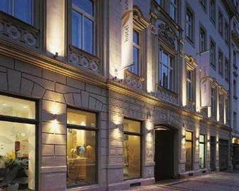 Grandium Hotel Prague - Prag - Byggnad