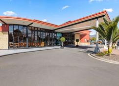 Quality Hotel Lincoln Green - Auckland - Byggnad