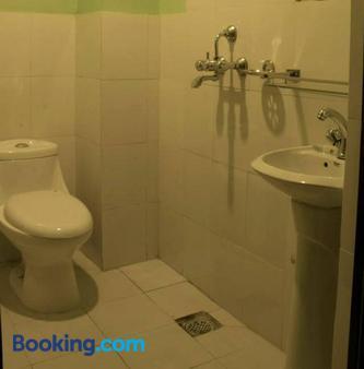 Pradhan House Homestay - Bhaktapur - Bathroom