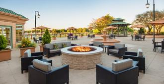 Courtyard by Marriott Portland North - Portland - Uteplats