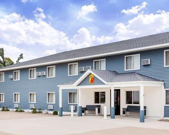 Super 8 by Wyndham Platteville - Platteville - Gebäude