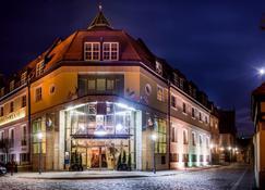 Hotel im. Jana Pawla II - Wrocław - Edificio