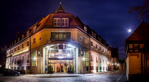 Hotel im. Jana Pawla II - Wroclaw - Toà nhà