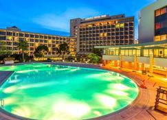 Swissotel Buyuk Efes Izmir - İzmir - Pool