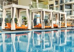 Royal Central Hotel The Palm - Dubai - Uima-allas