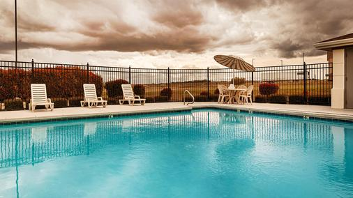 Best Western Inn & Suites - Copperas Cove - Pool