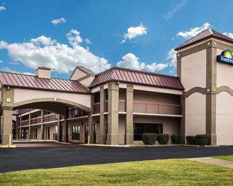 Days Inn by Wyndham Oak Grove/Ft. Campbell - Oak Grove - Building