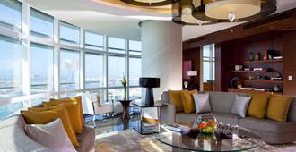 Rosewood Abu Dhabi - Abu Dhabi - Living room