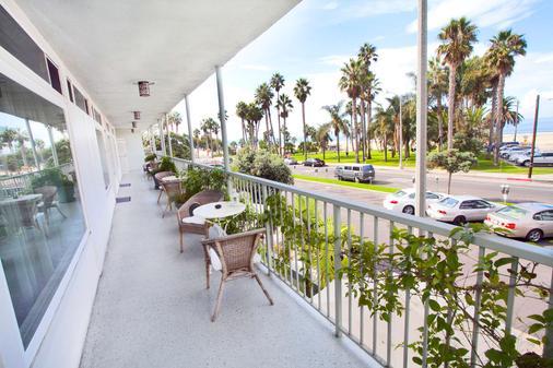 Bayside Hotel - Santa Monica - Parveke