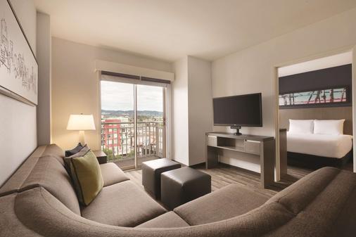 Hyatt House Emeryville San Francisco - Emeryville - Bedroom