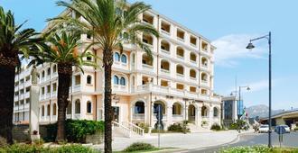 Grand Hotel President Olbia - Olbia - Κτίριο