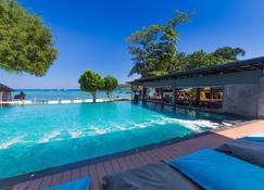 Ibiza House Phi Phi - Îles Phi Phi - Piscine