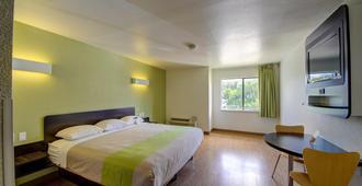 Motel 6 San Antonio Medical Center South - San Antonio - Bedroom