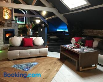 La Suite Diamant - Theux - Living room