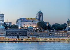 Hotel Hafen Hamburg - Гамбург - Здание