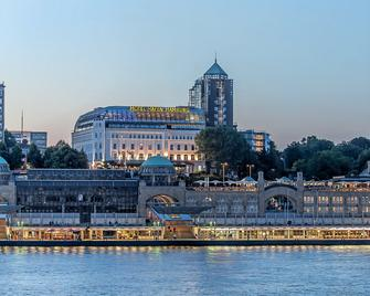 Hotel Hafen Hamburg - Hamburg - Gebäude