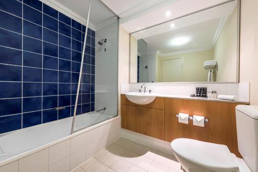 Mantra on Murray Perth - Perth - Bathroom