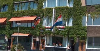 Hotel Baan - Rotterdam - Edificio