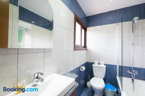 Loutsiana Hotel Apts - Ayia Napa - Bathroom