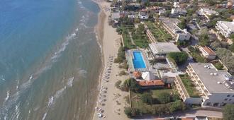 Golden Sand Hotel - Karfas
