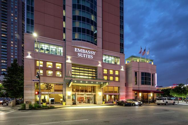 Embassy Suites by Hilton Houston Downtown - Houston - Edificio