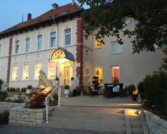 Parkhotel Bilm im Glück GmbH - Sehnde - Building