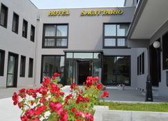 Hotel Sagittario - Padua - Building