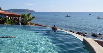 Resort Baia Del Silenzio - Pisciotta