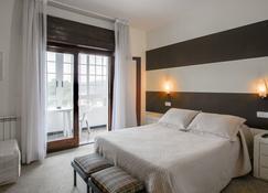 Hotel San Luis - Vilaboa - Bedroom