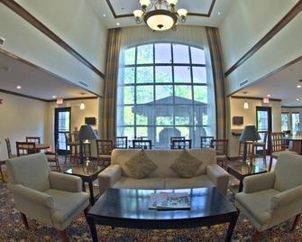 Staybridge Suites East Stroudsburg - Poconos, An IHG Hotel - East Stroudsburg - Lounge