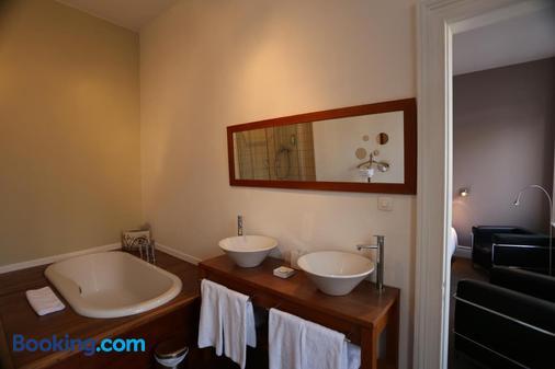 Le Cercle de Malines - Calais - Bathroom